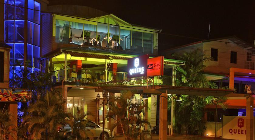 Queens Hotel Pomm Suriname Travel