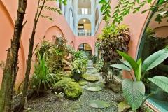 Queens Hotel - Tropical Garden 2