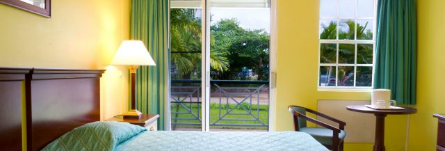 Room with riverview